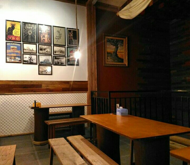 Kano Point Tegal, Cafe Unik Bernuansa Kapal