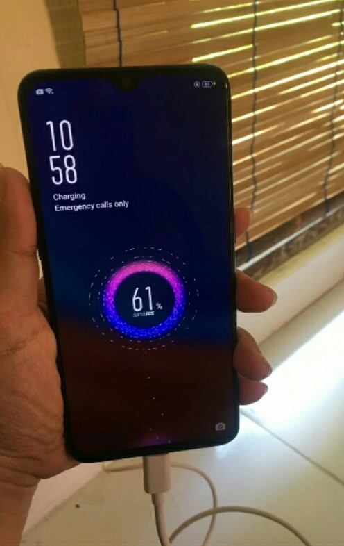 Flash charging OPPO R17 Pro