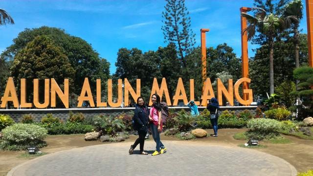 Keliling Alun-alun Malang hingga Singgah di Kota Batu