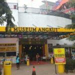 Menikmati Keseruan Museum Angkut di Batu Malang