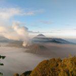 Menikmati Keindahan Cahaya Pagi di Bromo