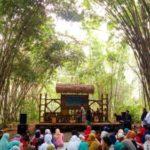 Wonderful Indonesia : Pasar Slumpring, Pasar Serba Bambu di Desa Wisata Cempaka Tegal