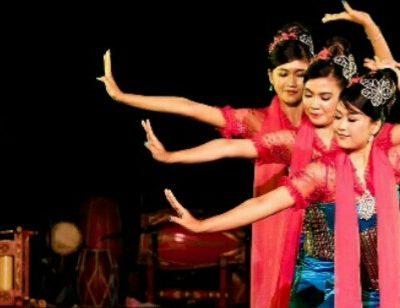 Ingin Menjelajahi Bandung Saat Liburan? Yuk Kenali Tradisi dan Adat Sunda Jawa Barat ini!